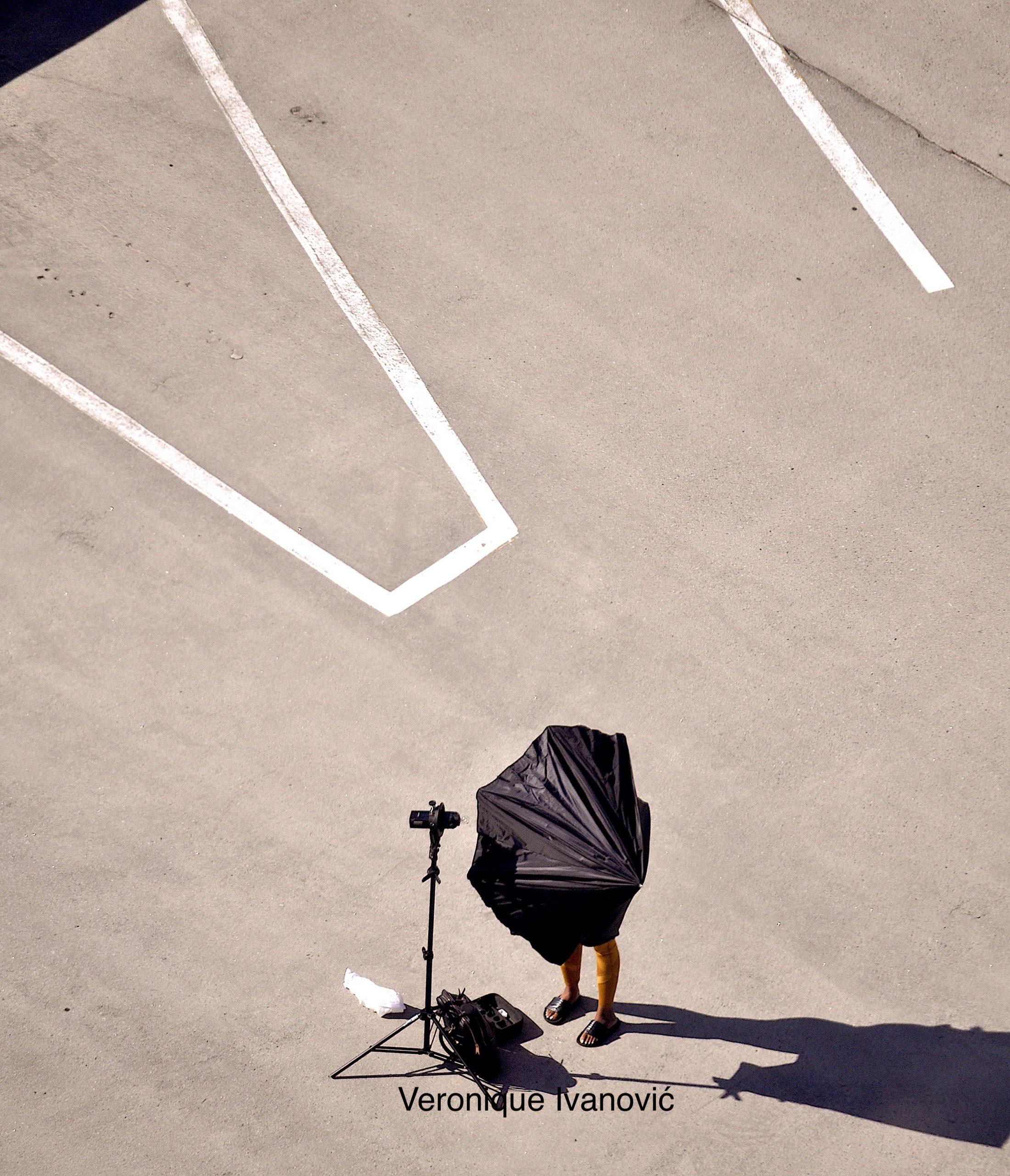 THE PHOTOGRAPHER PHOTOGRAPHED/LE PHOTOGRAPHE PHOTOGRAPHIÉ